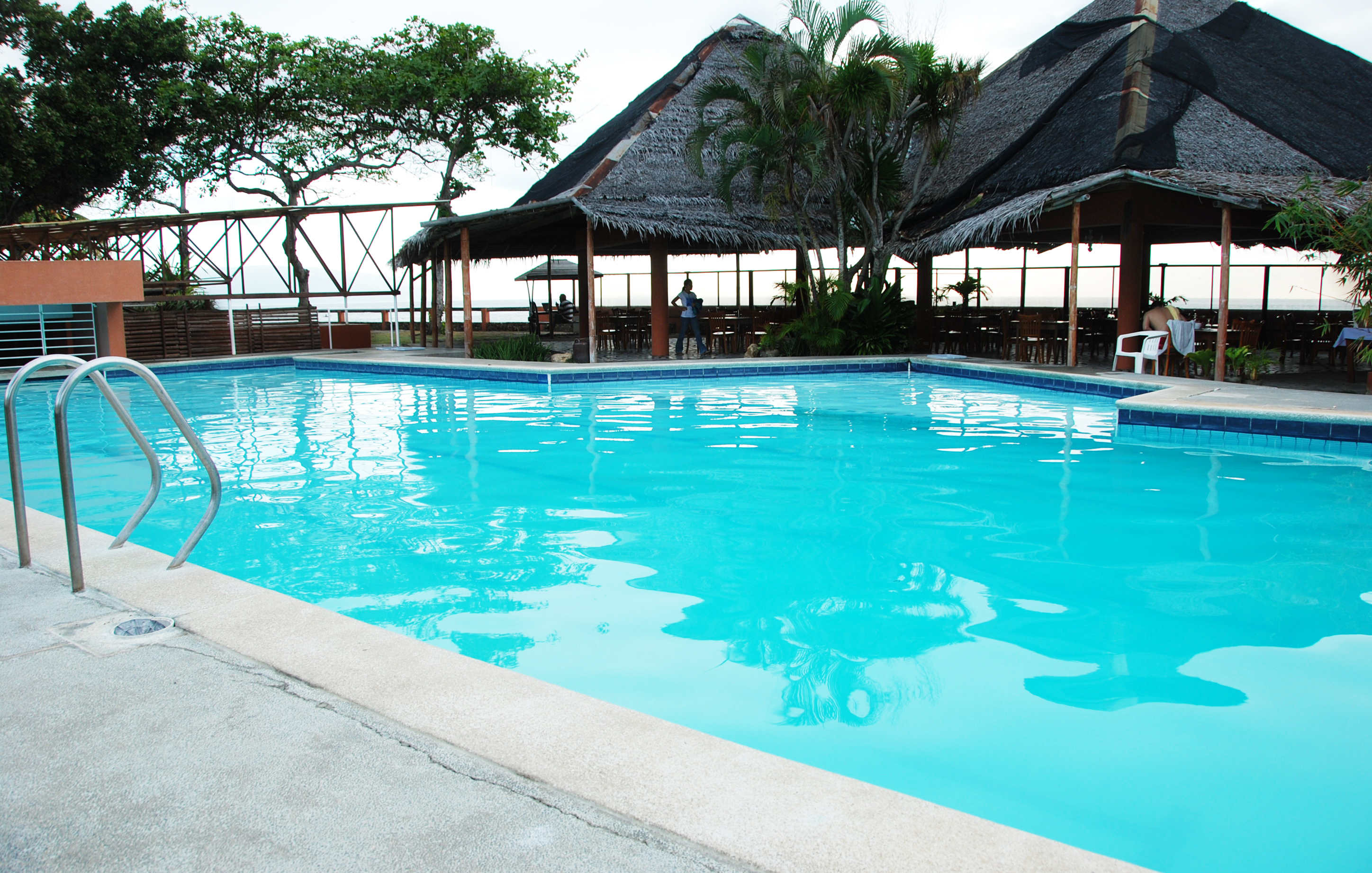 south-sea-hotel-swimming-pool | Southsea Resort Hotel